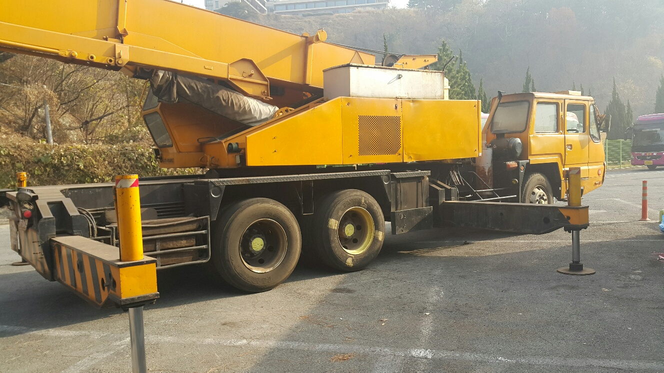Mobile Crane Kato 20 Ton : Ton kato at crane nk h v year faiz brothers